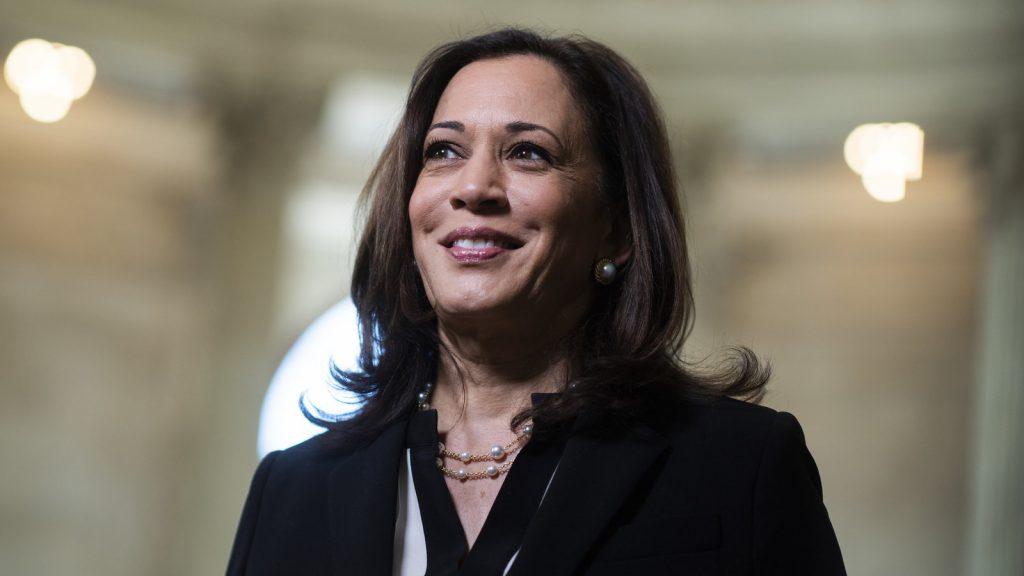 民主党の副大統領候補にカマラ・ハリス