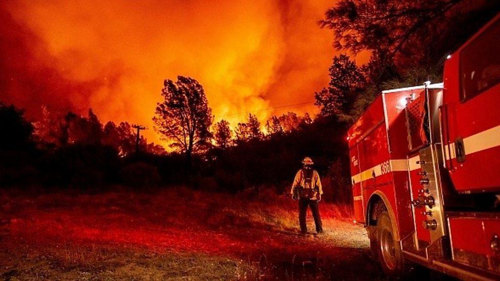 米カリフォルニアの山火事